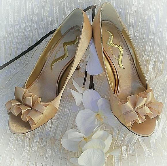 Nina Shoes   Nina Evelixa Gold Satin
